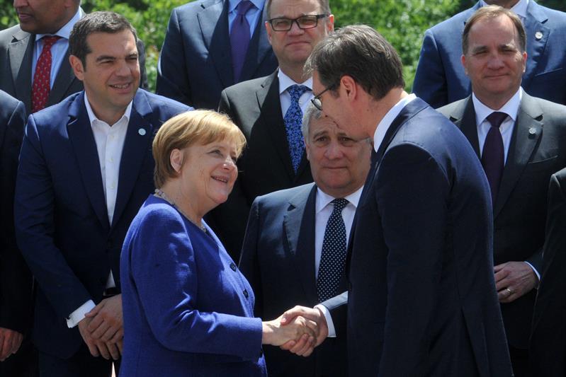 Vucic sa Merkelovom