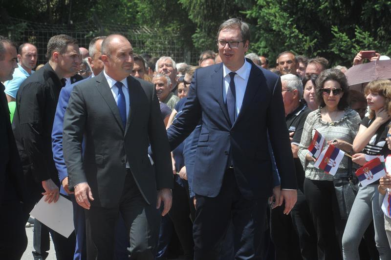 Председник Србије Александар Вучић са бугарским колегом Радевом