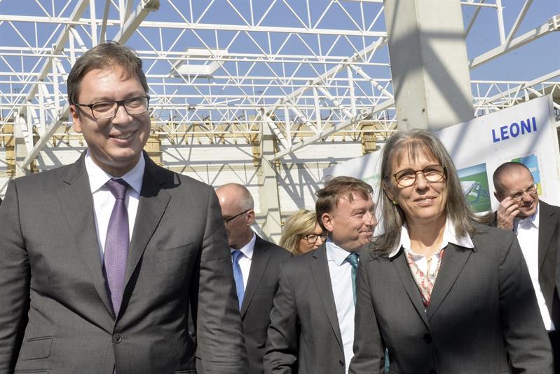 Председник Србије Александар Вучићу посети фирме Леони у Краљеву.