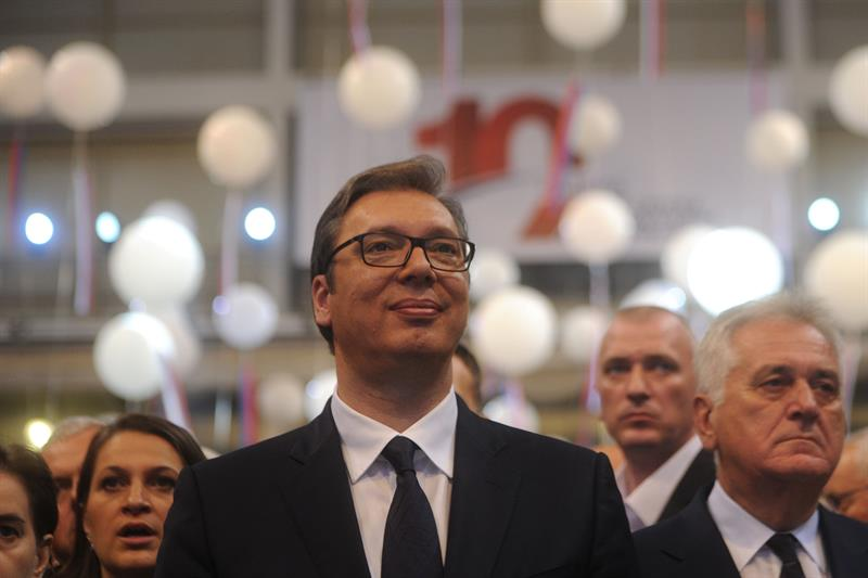 СНС ради и бори се за Србију