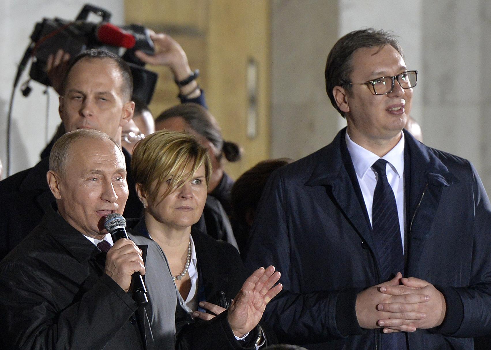 Predsednik Ruske Federacije Vladimir Putin i predsednik Srbije Aleksandar Vucic ispred Hrama Svetog Save