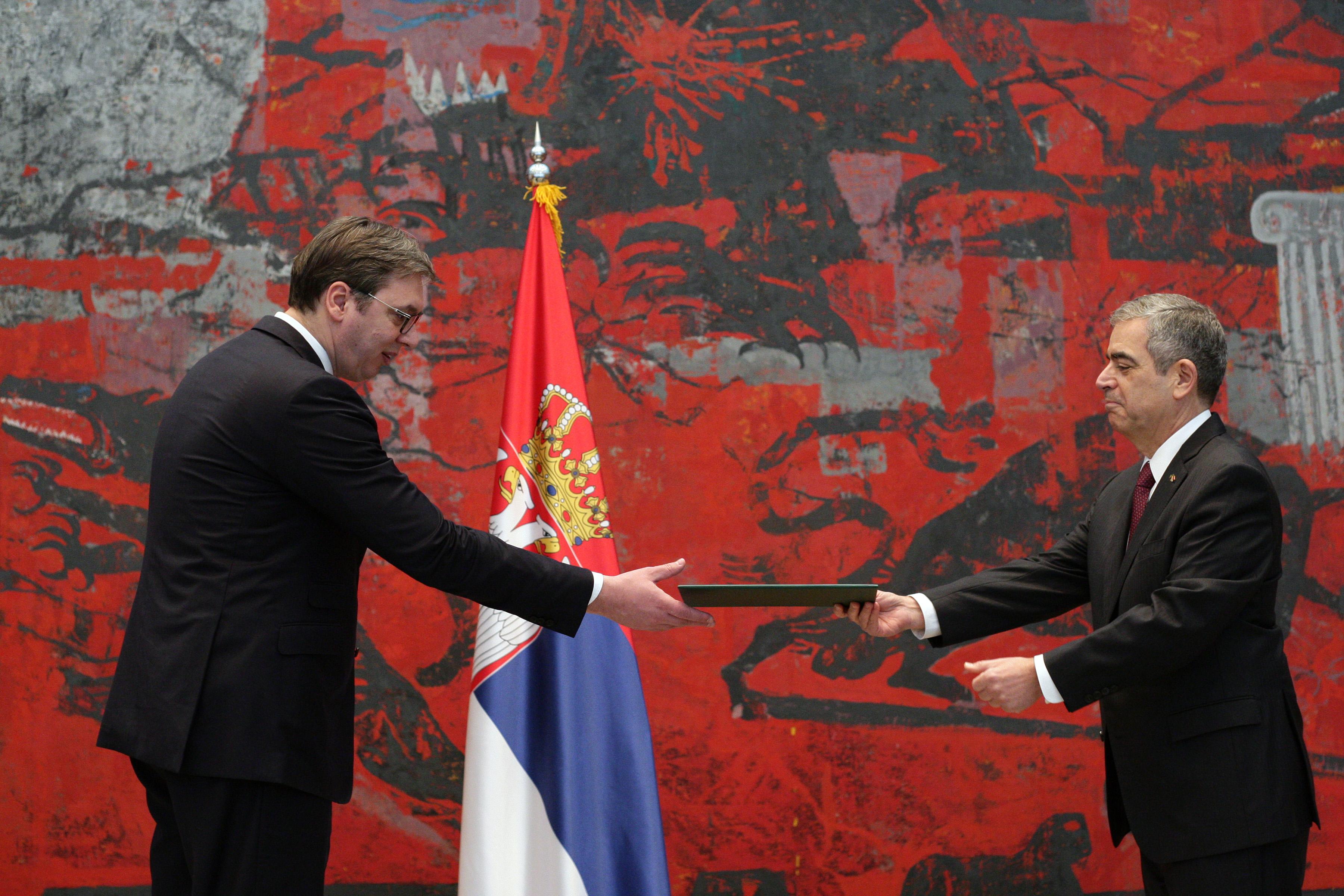 Vucic primio akreditive ambasadora Brazila