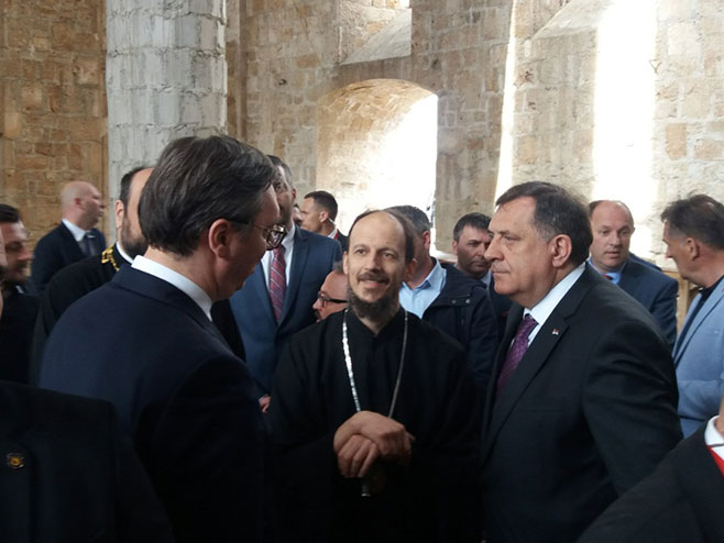 Vucic obisao Sabornu crkvu Svete Trojice u Mostaru