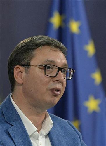 Председник Србије Александар Вучић на конференцији за штампу након пријема основаца са севера КиМ.