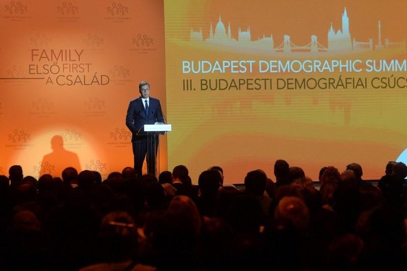 Predsednik Srbije Aleksandar Vucic govorio je danas u Budimpesti.