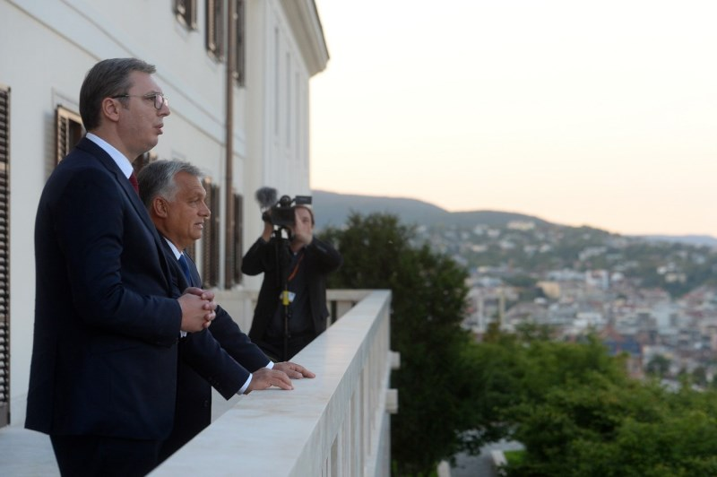 Predsednik Aleksandar Vucic sa madjarskim premijerom Orbanom.