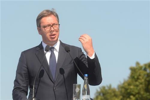 Председник Србије Александар Вучић на обележавању 75. годишњице операције спасавања 500 савезничких пилота.