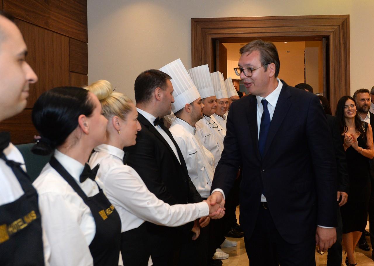 Председник Србије Александар Вучић на отварању реновираног хотела Наис крај Ниша.