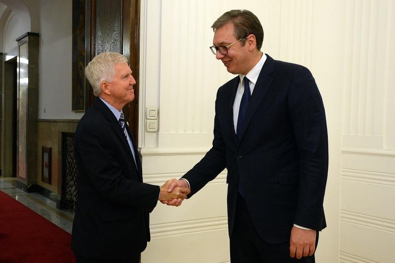 Vucic sa ambasadorom SAD Kajlom Skotom.