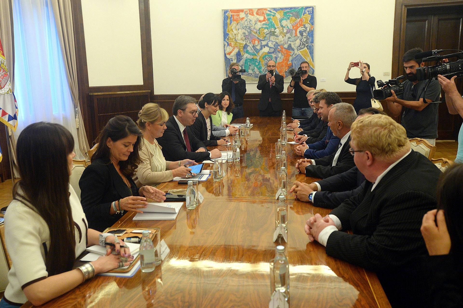 Vucic sastao se danas sa primio je predsednika Predstavnickog doma Parlamenta Ceske Radeka Vondraceka
