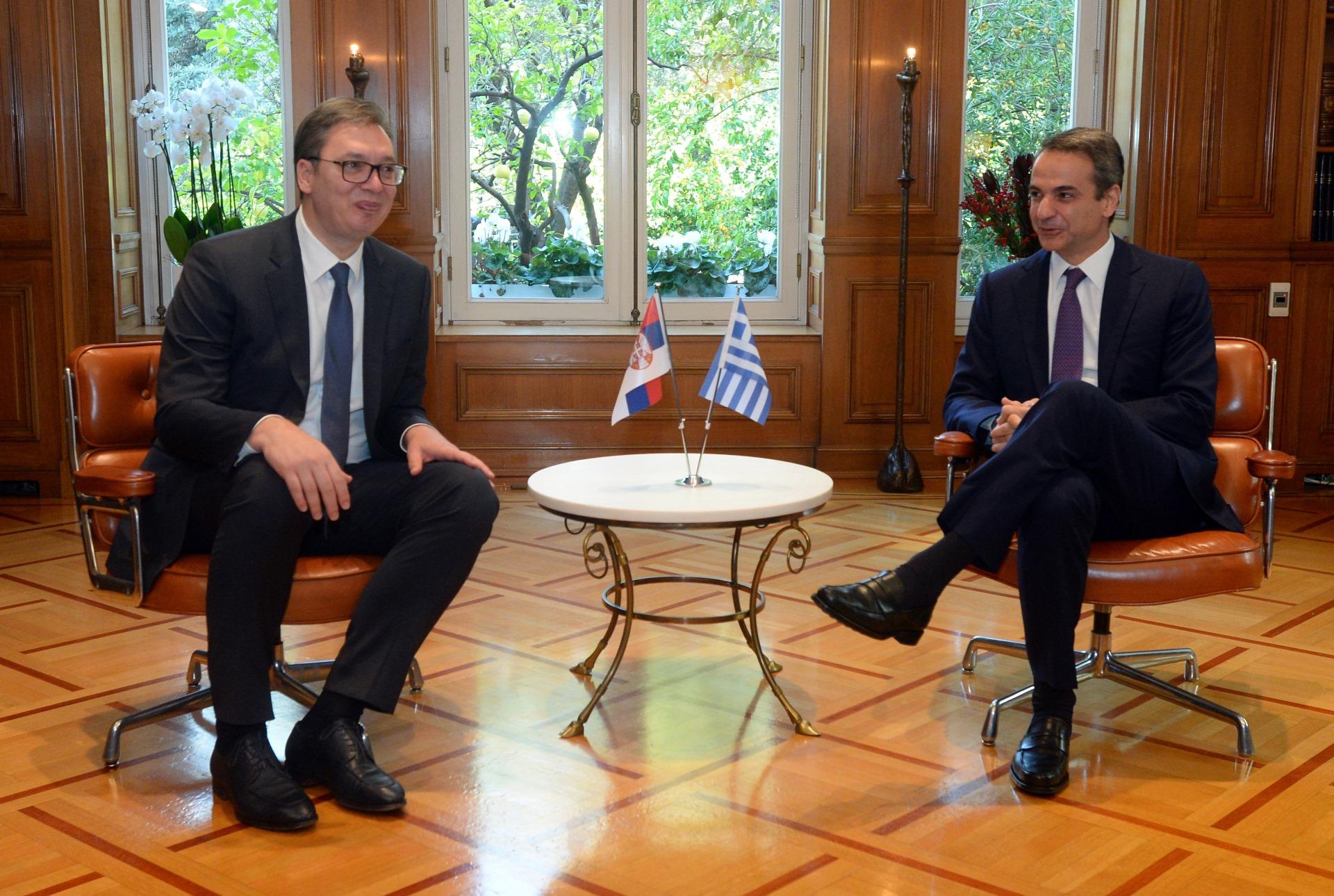 Predsednik Srbije Aleksandar Vucic sa grčkim premijerom Kirijakosom Micotakisom 2