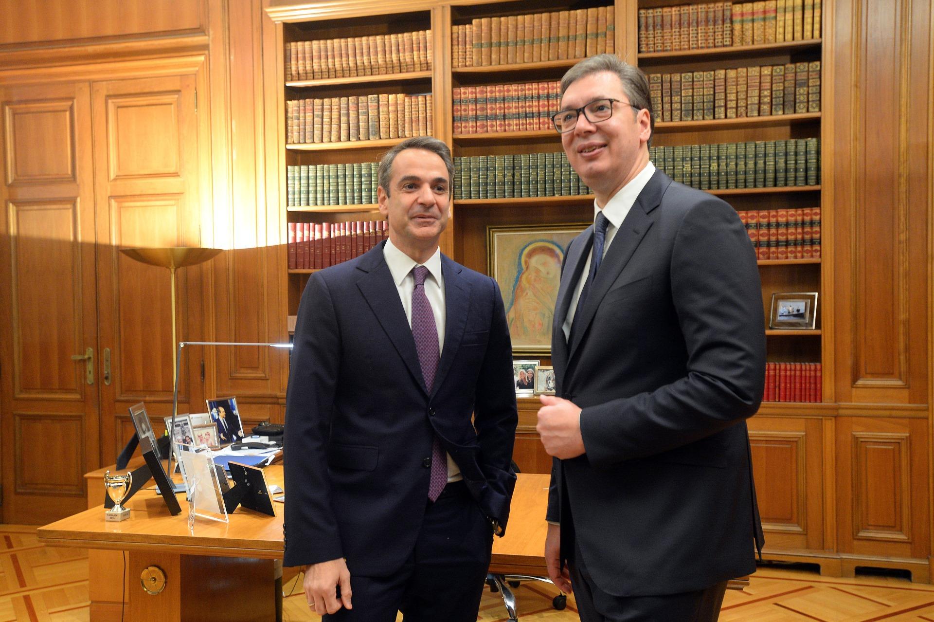 Predsednik Srbije Aleksandar Vucic sa grčkim premijerom Kirijakosom Micotakisom 3