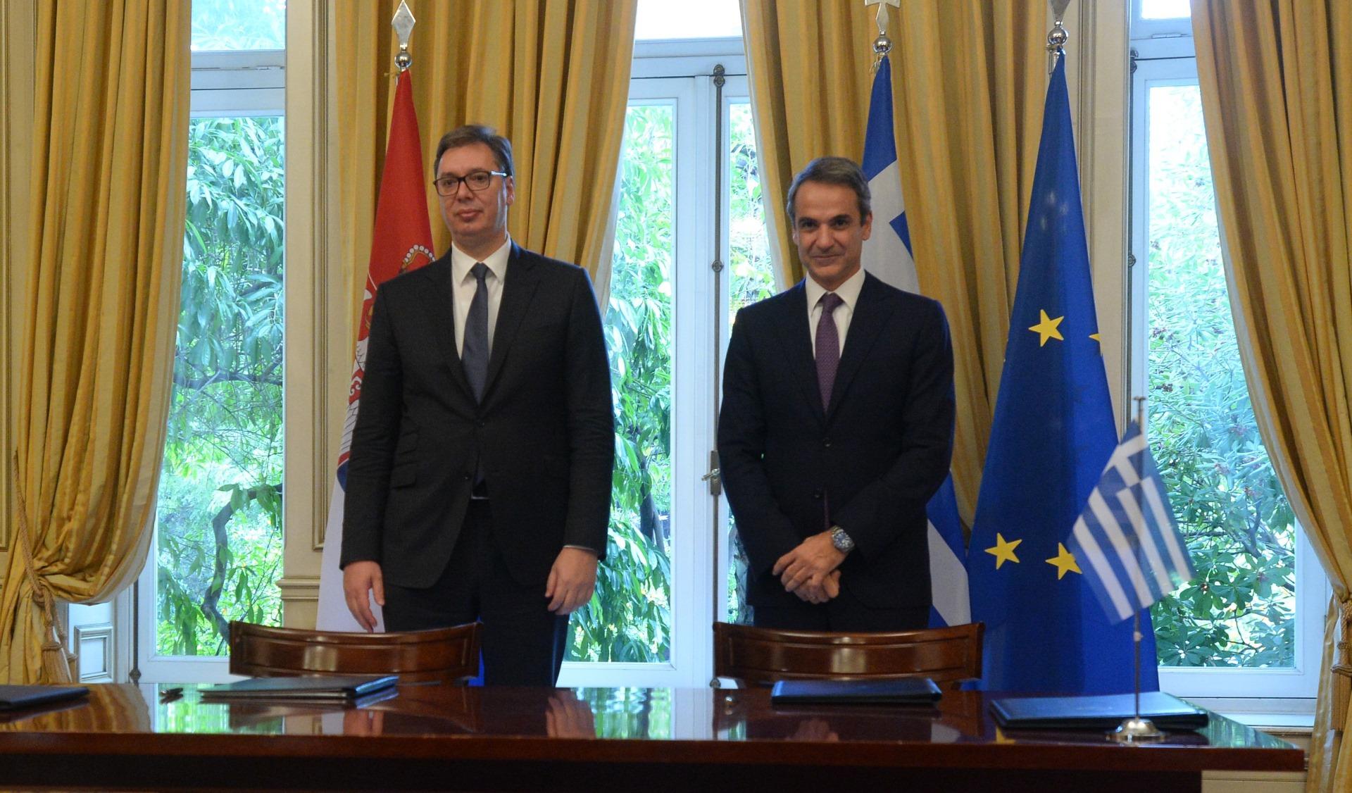 Predsednik Srbije Aleksandar Vucic sa grčkim premijerom Kirjakosom Micotakisom 1