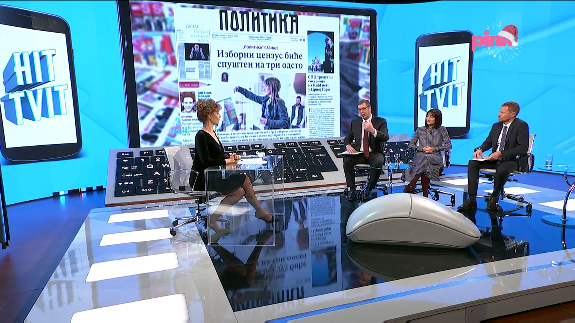Predsednik Srbije Aleksandar Vucic u emisiji Hit tvit.