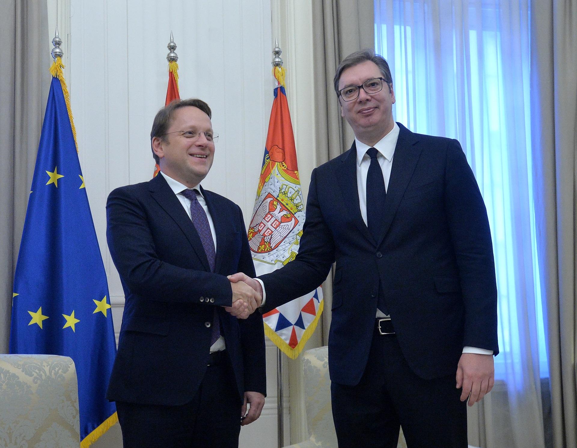 Aleksandar Vucic sa Oliverom Varhejijem 2