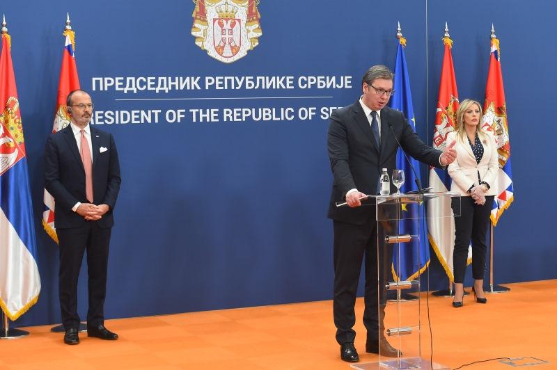 Председник Србије Александар Вучић се захвалио ЕУ на помоћи.