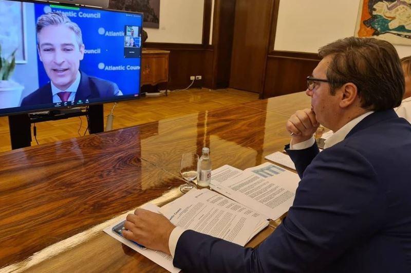 Predsednik Srbije Aleksandar Vucic ucestvuje, pored ostalih lidera Zapadnog Balkana, na video samitu koji organizuje vasingtonski Atlantski savet