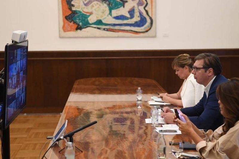 Predsednik Srbije Aleksandar Vucic ucestvuje, pored ostalih lidera Zapadnog Balkana, na video samitu koji organizuje vasingtonski Atlantski savez