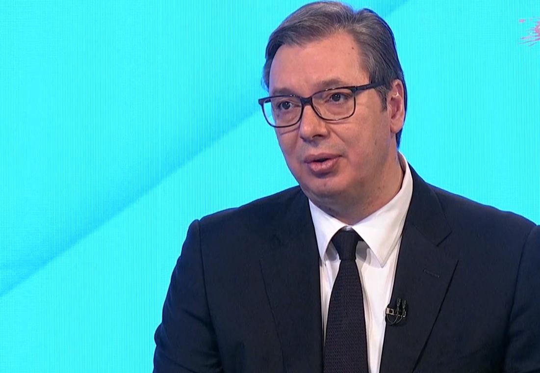 Predsednik Srbije Aleksandar Vucic u emisiji Hit Tvit o aktuelnoj situaciji u Srbiji.