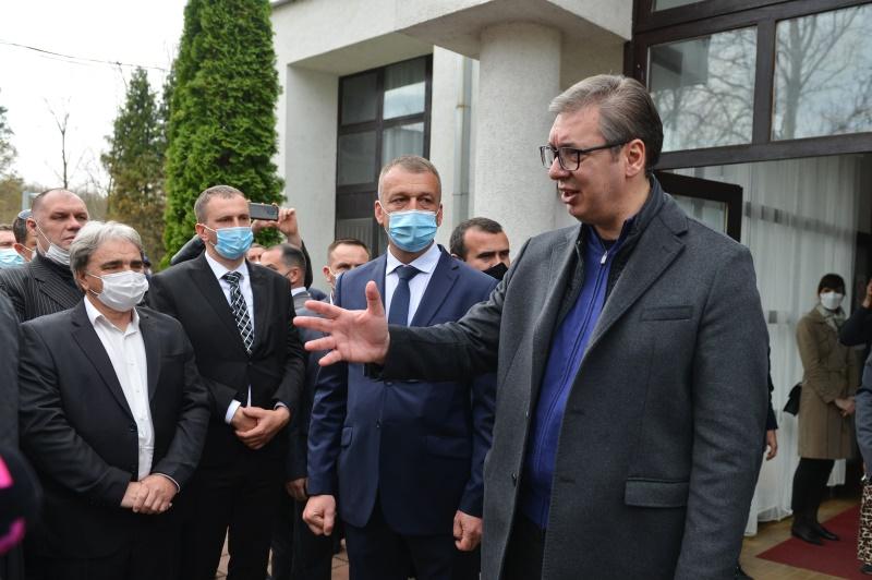 Председник Србије Александар Вучић у Гаџин Хану.